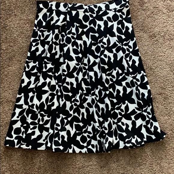 Cynthia Rowley Dresses & Skirts - Cute Cynthia Rowley black and white skirt.